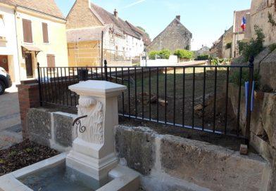 La construction de la fontaine en photos