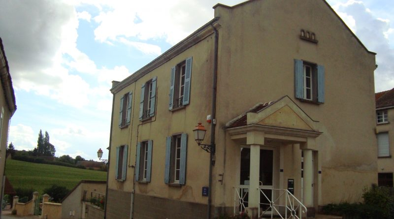 A LOUER / GRAND APPARTEMENT 84 m²
