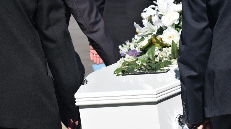 Covid-19 : Face à l'épidémie, les règles funéraires évoluent :